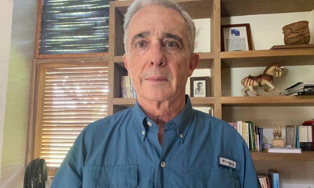 Uribe comparecerá ante Comisión