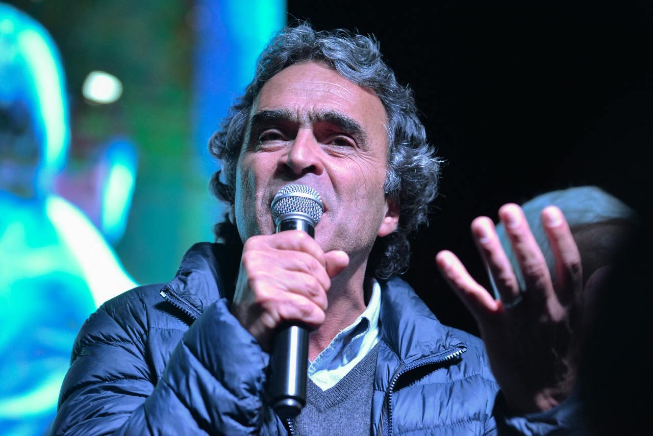Sergio Fajardo cargos Fiscalía