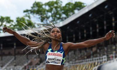 Caterine Ibargüen durante una de sus competencias de salto triple