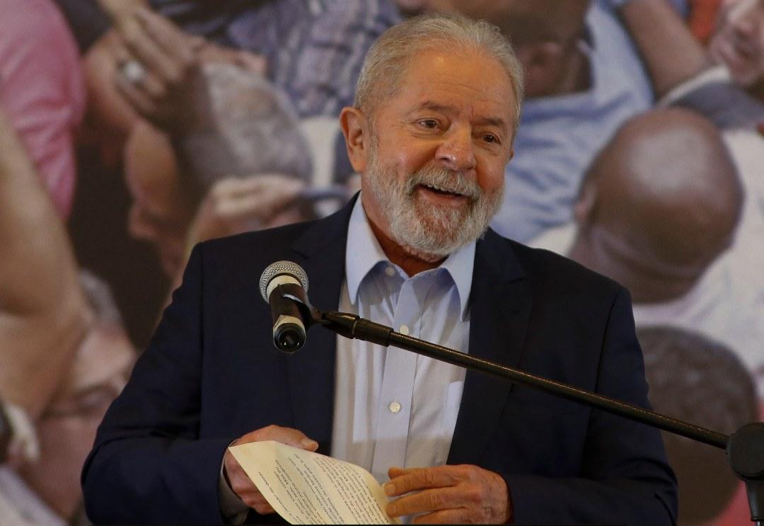 Lula condena Brasil