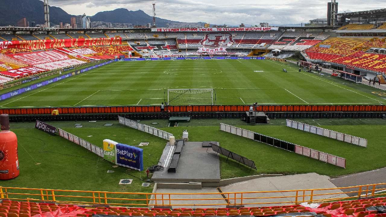 Vuelven el fútbol y los conciertos con público a Bogotá