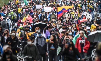 manifestaciones colombia gente