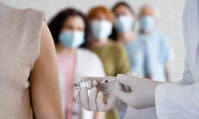 FDA autoriza dosis de refuerzo